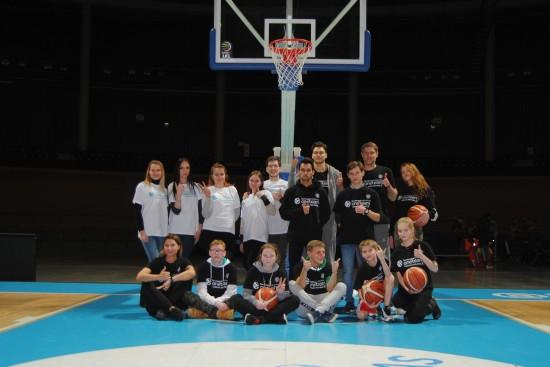 """Kartu su Eurolyga pradėtas įgyvendinti socialinis projektas """"One Team"""""""